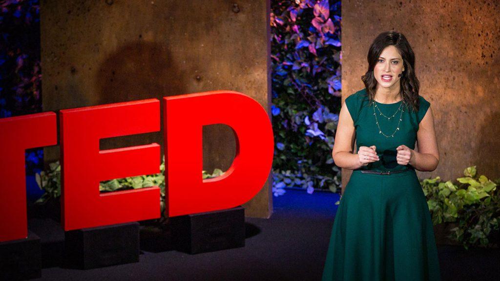 سخنرانی تد : راهی تازه برای درک گذر  به مادر شدن.