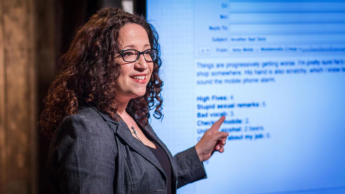 سخنرانی تد : چگونه سایت های همسریابی اینترنتی را هک کردم