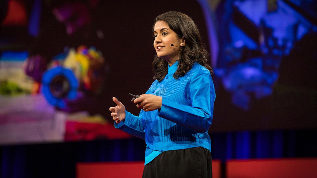 سخنرانی تد : چرا ما نیازمند تصور آینده های متفاوتی هستیم