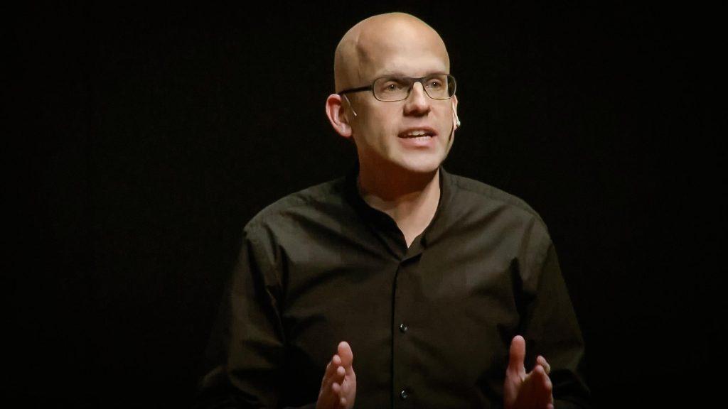 سخنرانی تد : تمایلات اخلاقی در پشت پرده نتایج جستجو در اینترنت