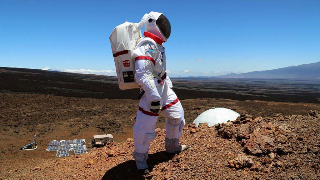 سخنرانی تد : چگونه بدون اینکه به فضا رفته باشیم به فضا برویم