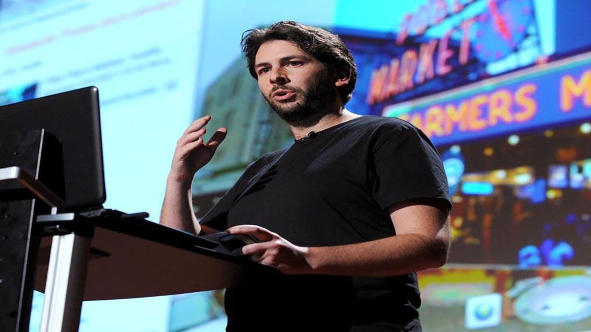 سخنرانی تد : بلیس اگرای آرکاس نقشههای واقعیت گسترشیافته را معرفی میکند