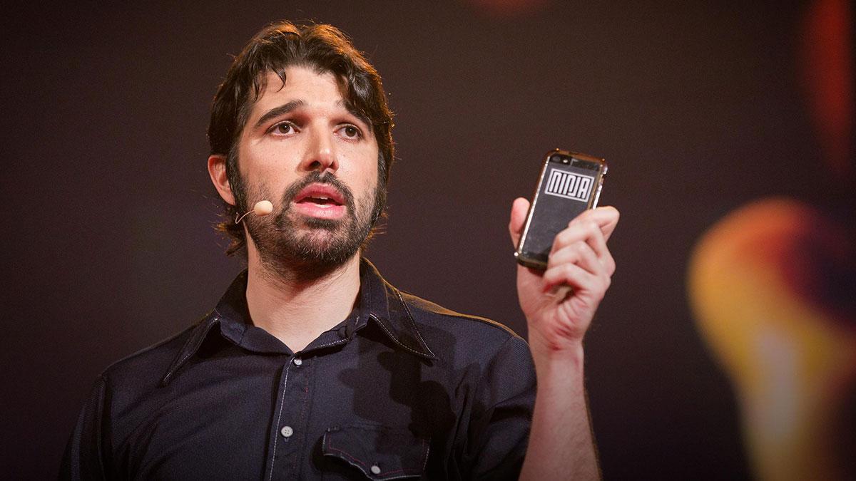 سخنرانی تد : گوشی هوشمند دارید؟ شروع به پخش عمومی کنید