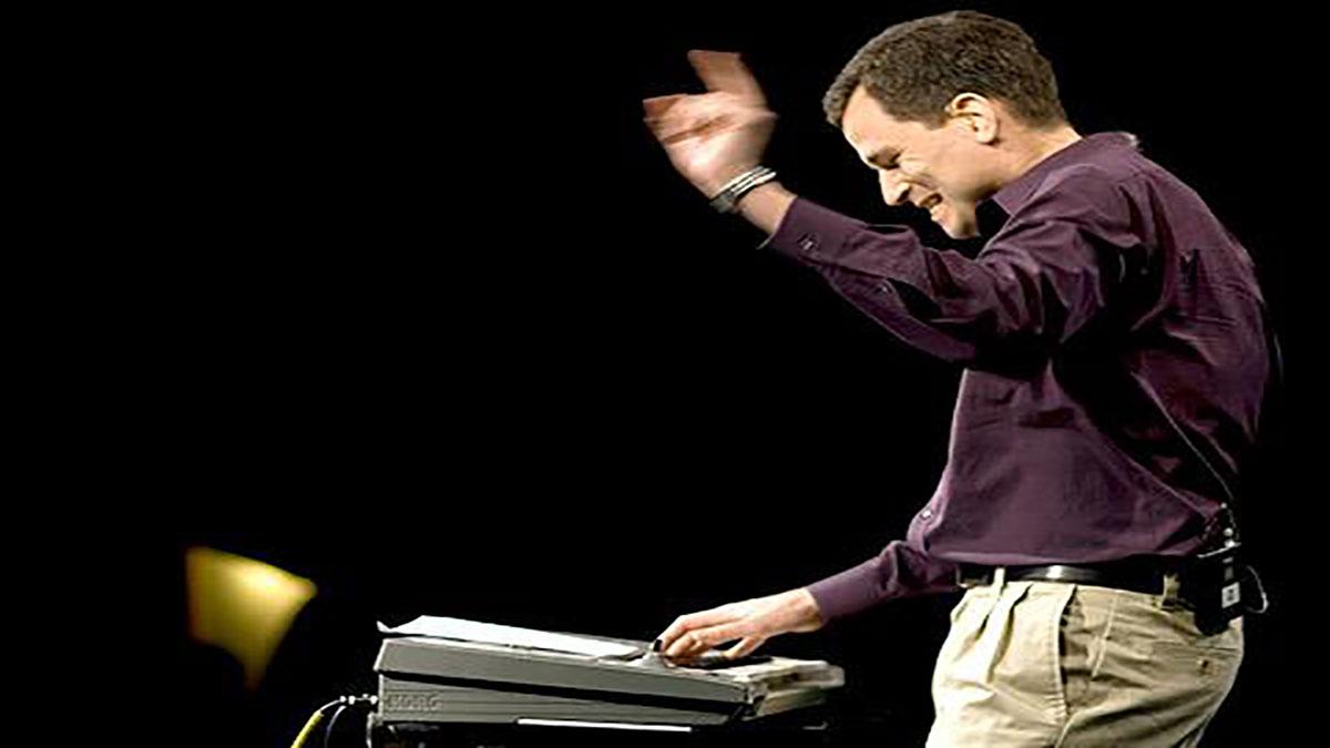 سخنرانی تد : دیوید ماگو در جنگ موسیقی