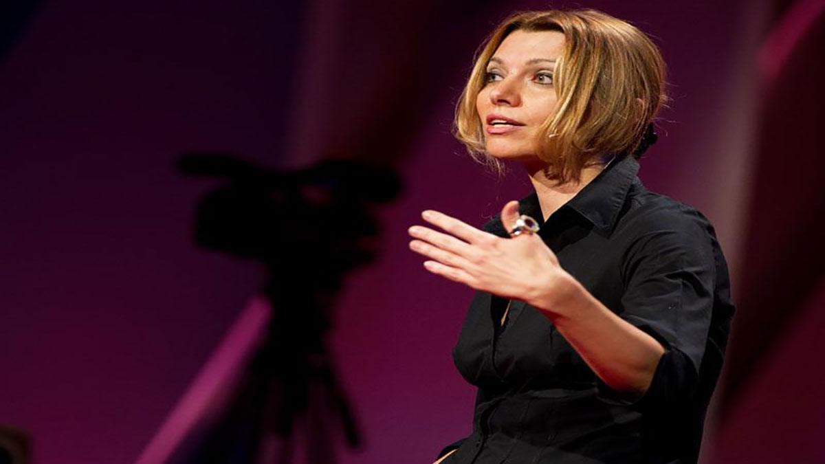 سخنرانی تد : الیف شفاک : سیاست داستان های تخیلی