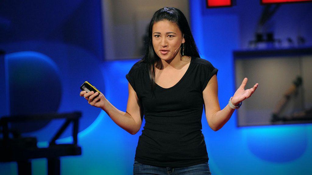 سخنرانی تد : امیلی پلوتن: آموزش طراحی برای تغییر