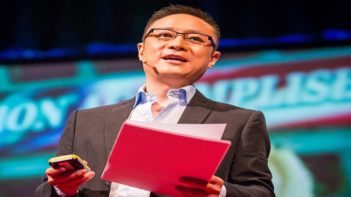 سخنرانی تد : داستان دو نظام سیاسی