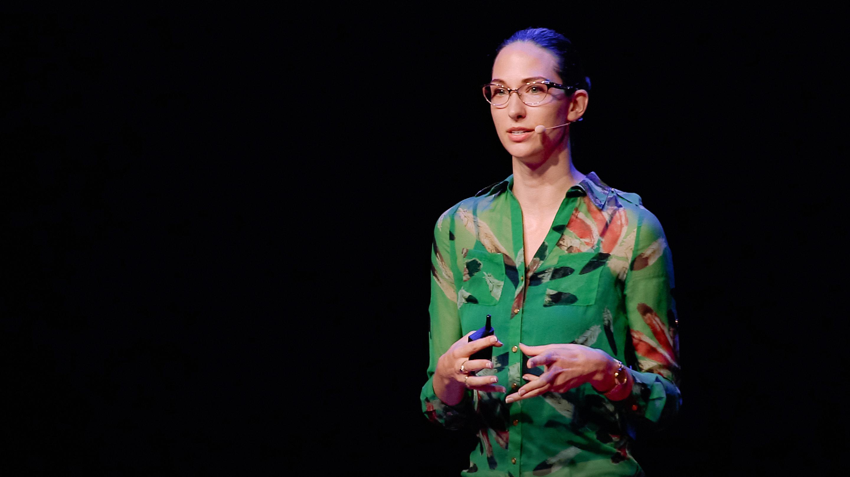 سخنرانی تد : چگونه جوانان به گروههای افراطی خشونت طلب ملحق میشوند — و چطور مانع آنها شویم