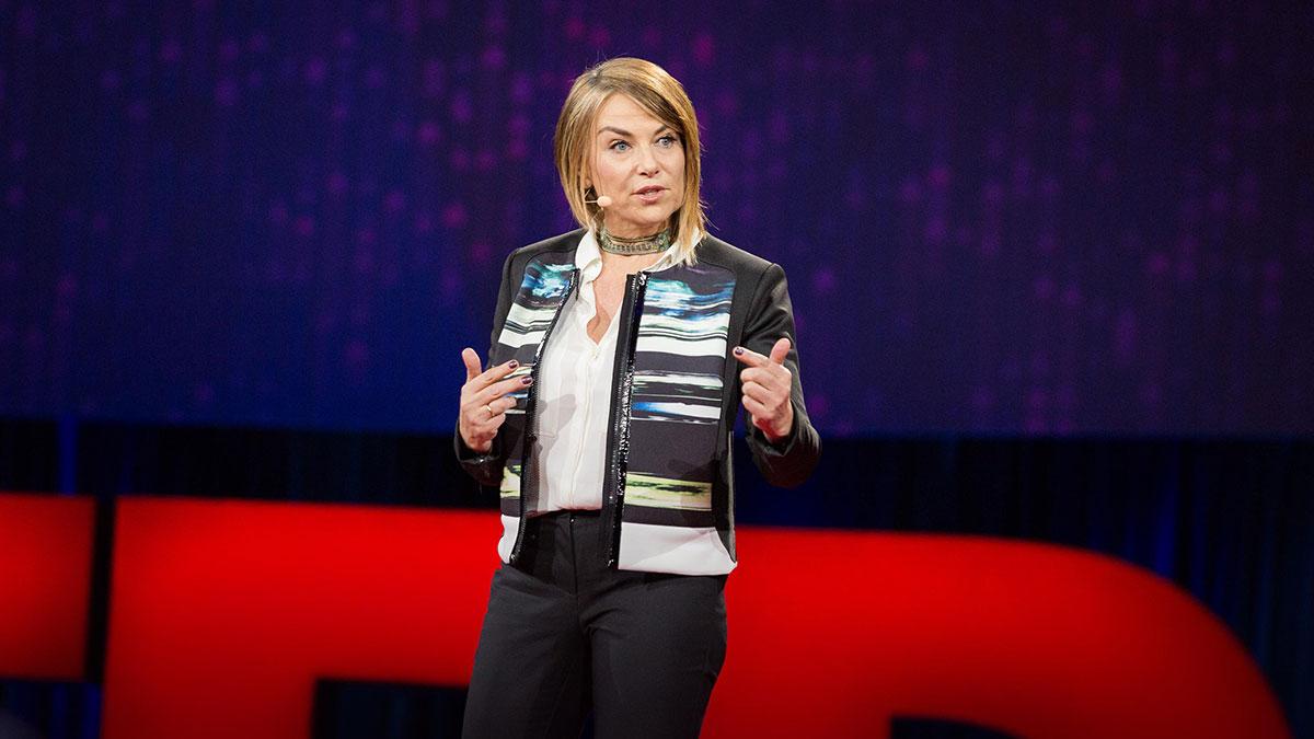 سخنرانی تد : بازاندیشیِ بیوفایی … صحبتی برای همه کسانی که تابحال عاشق شدهاند