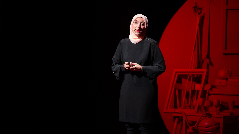 سخنرانی تد : برای تشخیص سریعتر بیماریها، بیایید درمورد زبان مرموز باکتریها صحبت کنیم