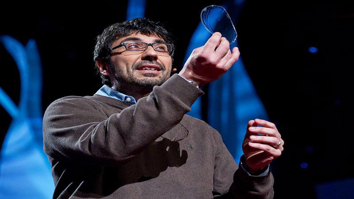 سخنرانی تد : ابریشم، ماده ای از دنیای کهن تا دنیای فردا