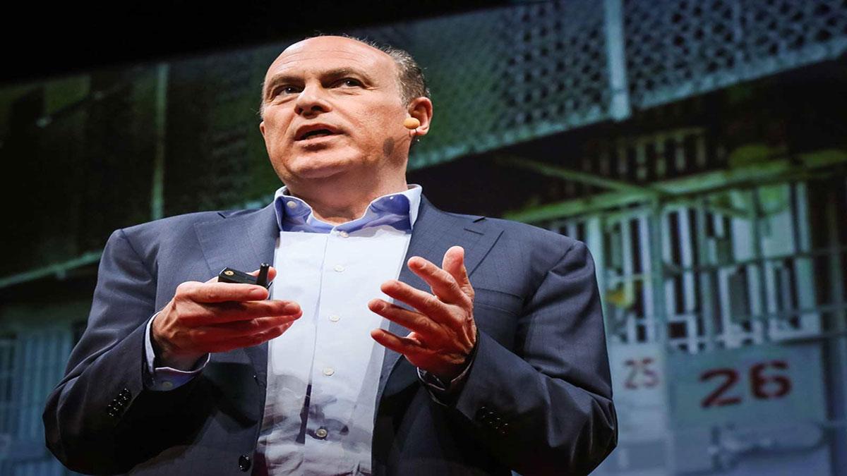 سخنرانی تد : بیاید خشونت را مانند یک بیماری واگیردار درمان کنیم
