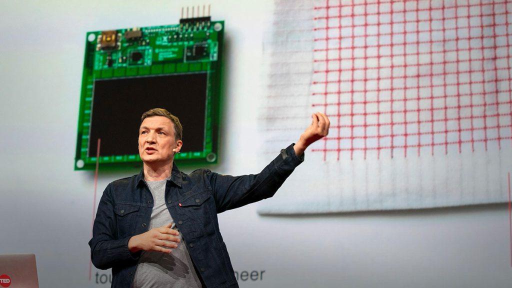 سخنرانی تد : هر چیزی که اطراف شماست میتواند یک کامپیوتر باشد