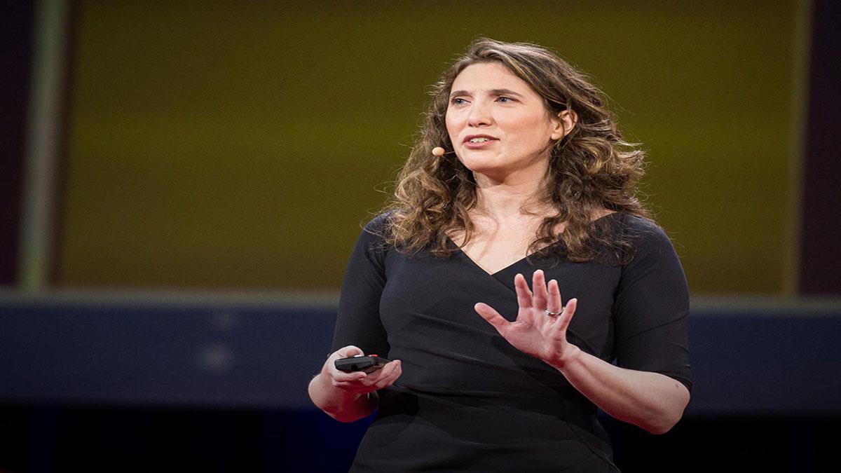سخنرانی تد : برای والدین، خوشحالی الویت بالایی دارد