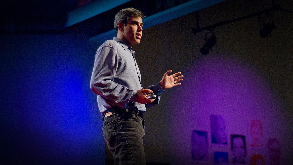 """سخنرانی تد : جاناتان هایت در باره ریشه های اخلاقی """"لیبرالها"""" و """"محافظه کارها"""" صحبت میکند."""