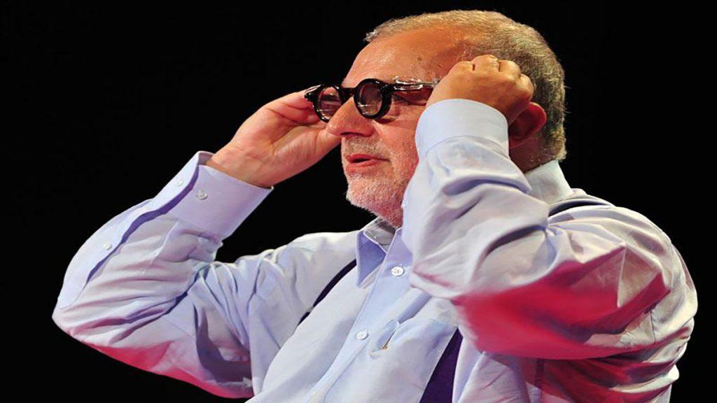 سخنرانی تد : جاش سیلور و عینک های پر شده با مایع که قابل تنظیم شدن هستند