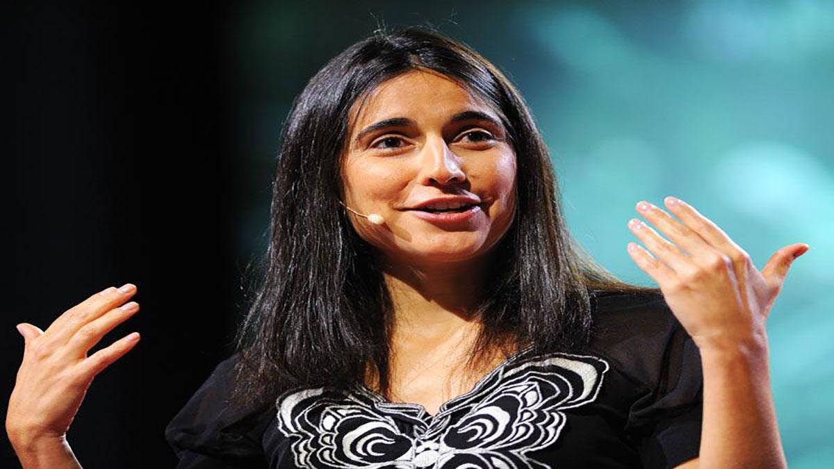 سخنرانی تد : جولیا باکا: به اعمال بی خشونت توجه کنید