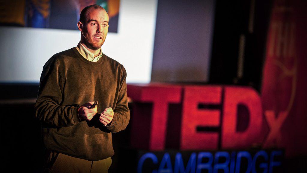 سخنرانی تد : مایکل نورتون: چگونه  شادی بخریم