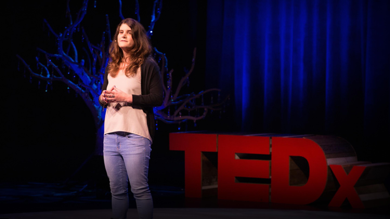 سخنرانی تد : باکتریهایی که پلاستیک میخورند