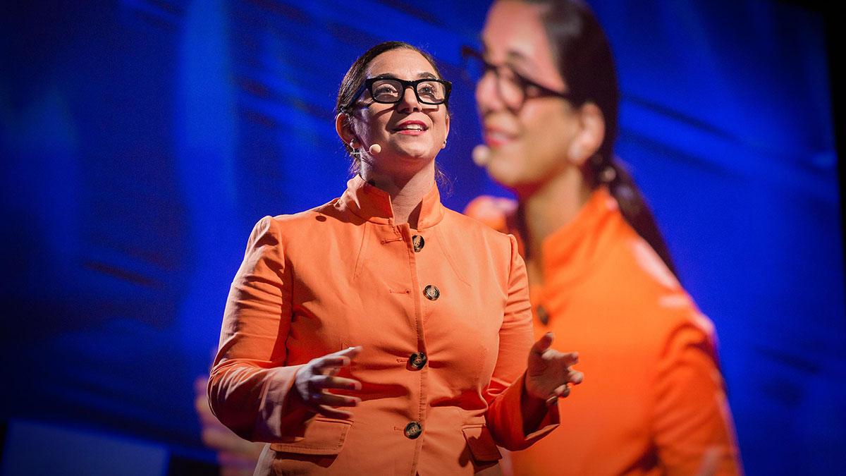 سخنرانی تد : یک پیام منقلب کننده که الهام بخش یک خط امداد بحران شد