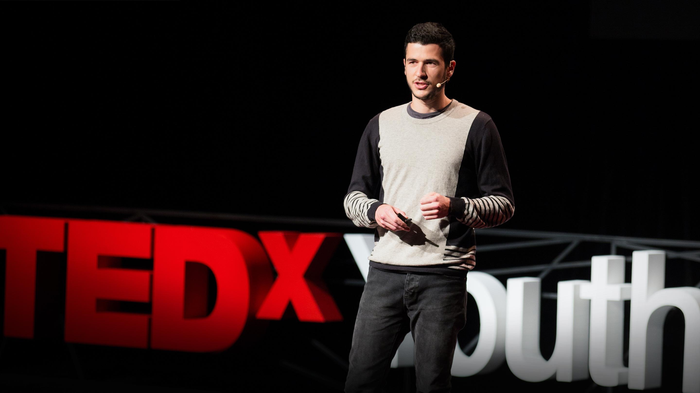 سخنرانی تد : آیا یک رایانه می تواند شعر بگوید؟