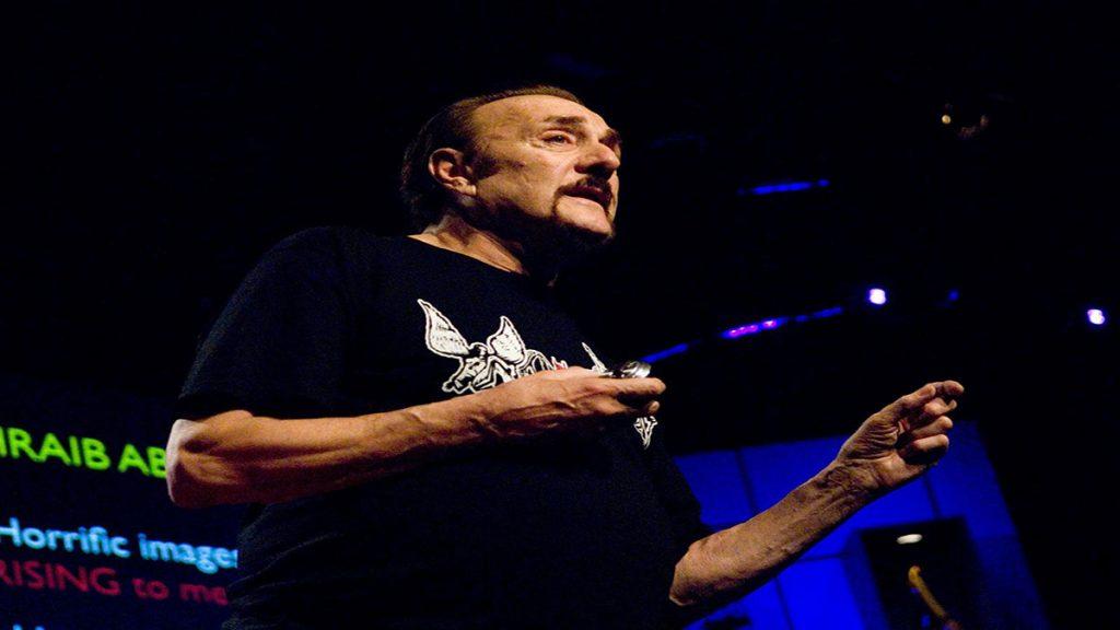 سخنرانی تد : فیلیپ زیمباردو : چگونه افرادعادی جامعه به یک بیدادگر  یا یک قهرمان تبدیل می شوند ؟!