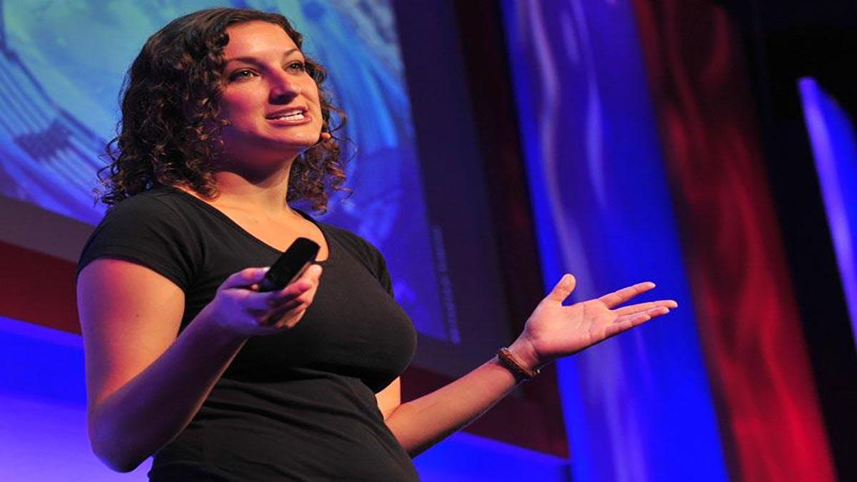 سخنرانی تد : راشل پيك: دانش پشت سر تيترهاي آب و هوا