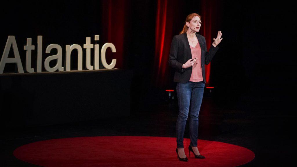سخنرانی تد : انزواطلبی چطور اعتیاد به مواد مخدر را تقویت میکند