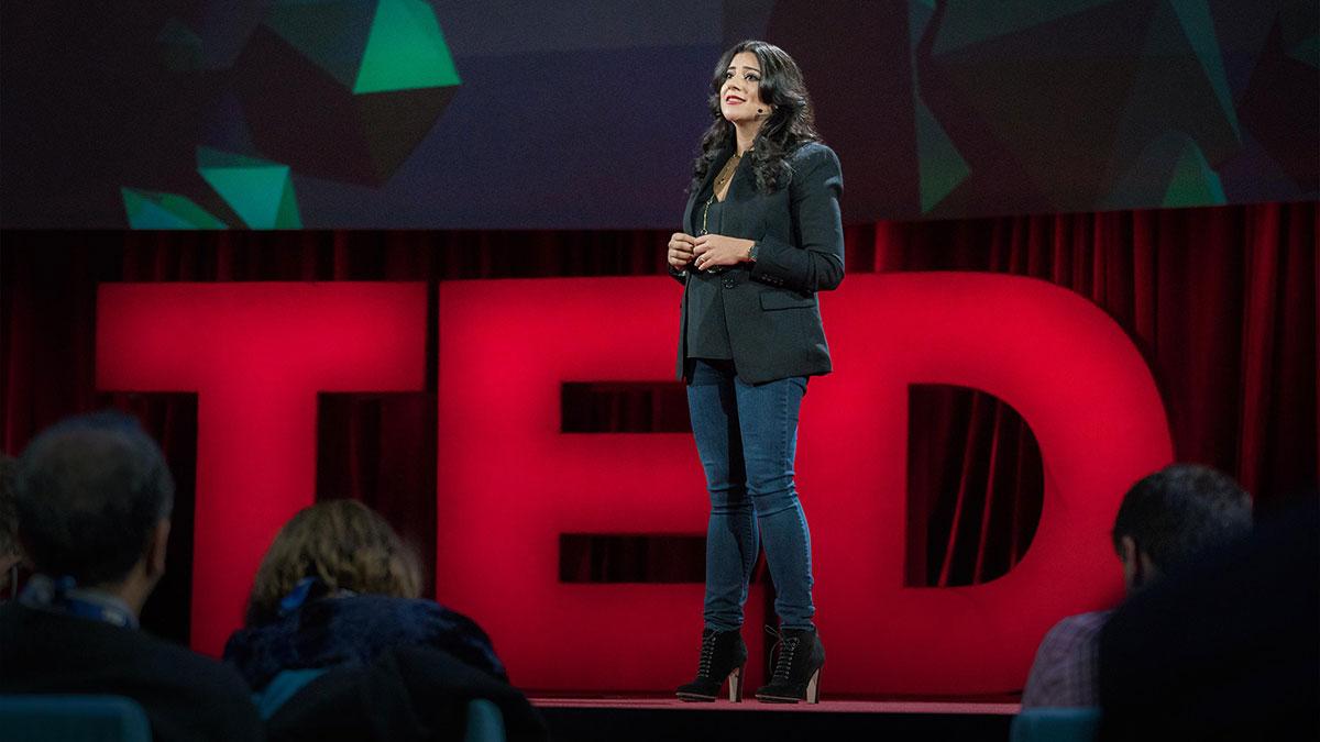 سخنرانی تد : به دختران بیاموزید شجاع باشند٬ نه بی نقص