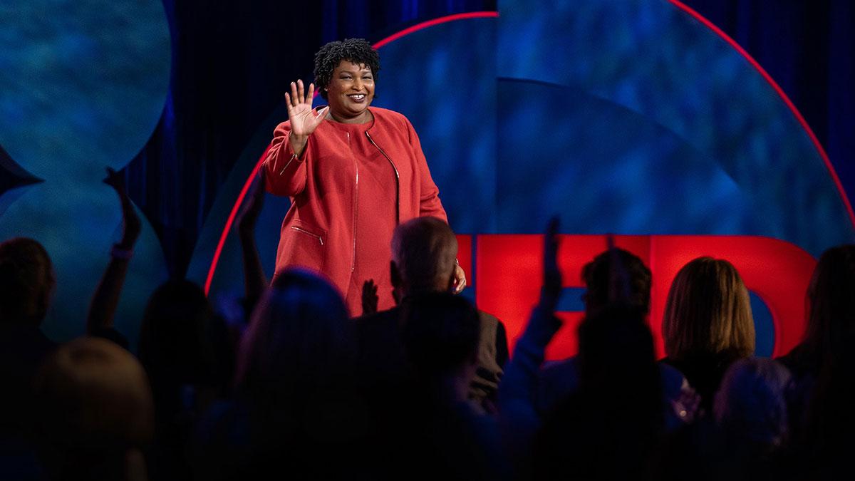 سخنرانی تد : سه پرسشی که موقع انجام هر کاری باید از خودتان بپرسید
