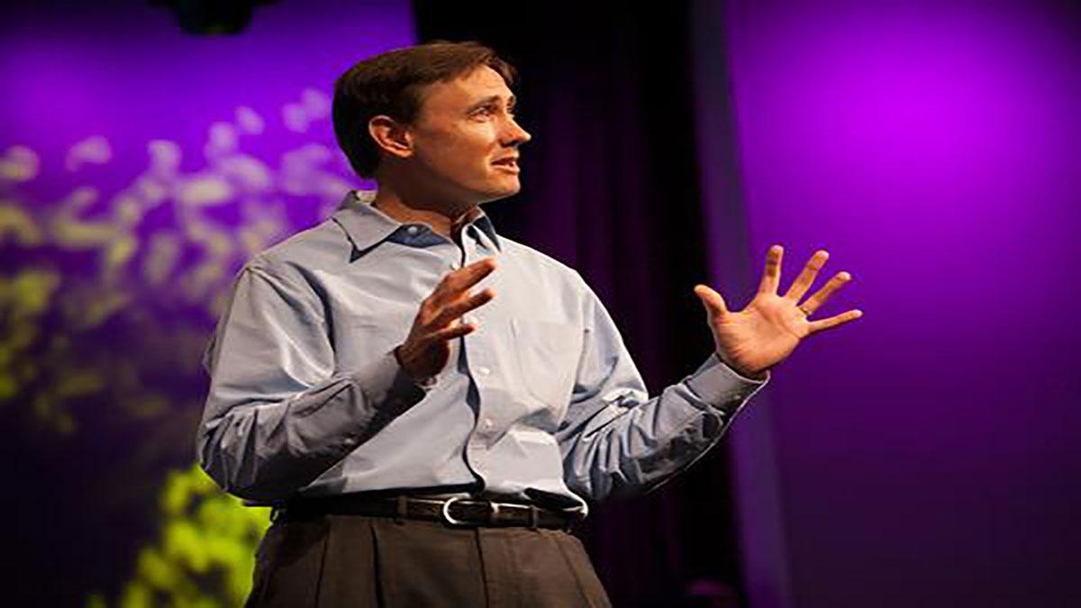 سخنرانی تد : استیو جوروتسون درباره مدل سازی فن پرتاب موشک