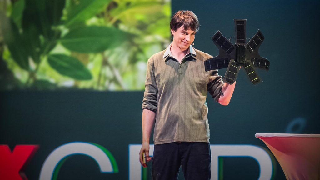 سخنرانی تد : چه چیزی میتواند جنگلهای بارانی را حفظ کند؟ تلفن همراه قدیمی شما