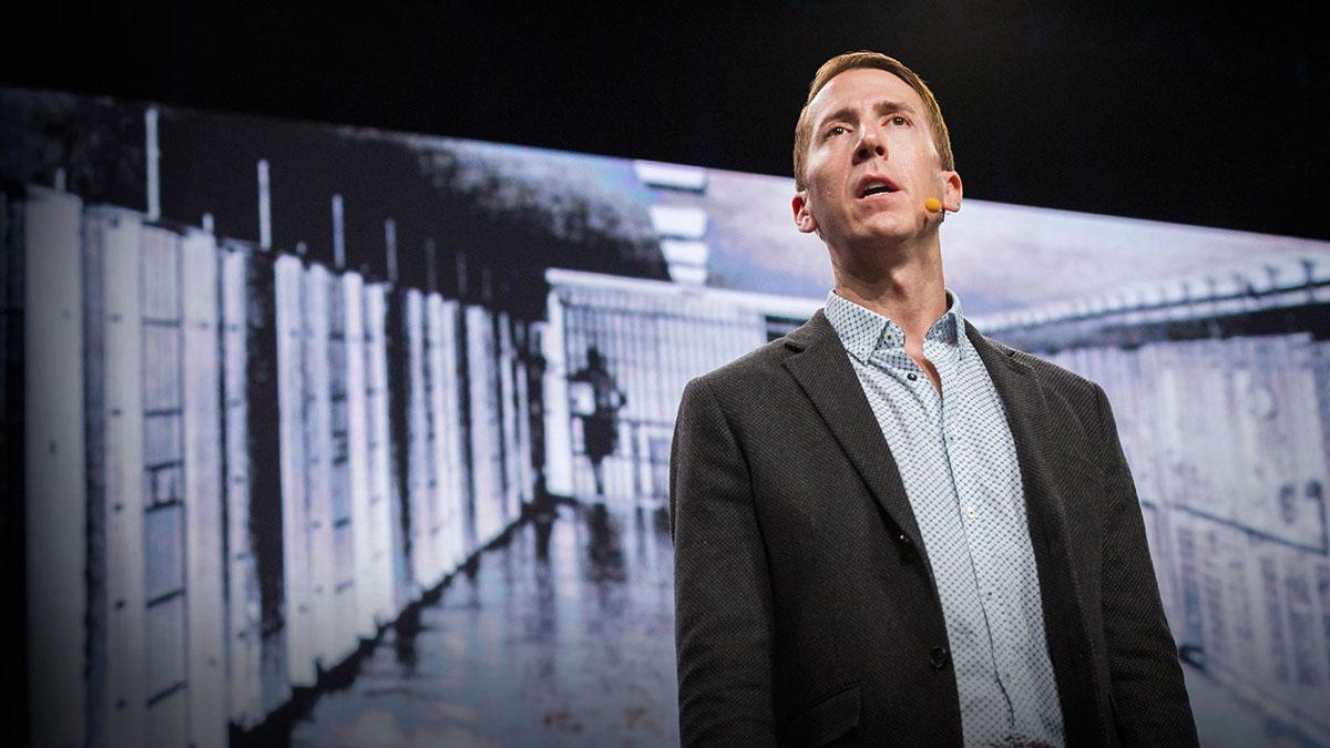 سخنرانی تد : زندانهای مخفی ایالات متحده که تا کنون درباره آنها نشنیدهاید