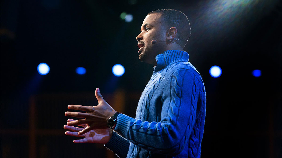 سخنرانی تد : چرا گوش دادن به نقطهنظرهای مخالف ارزش دارد؟